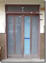 浜松市南区で台風被害の屋根修復と玄関引き戸交換リフォーム