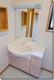 浜松市南区で外断熱工法の大規模増改築 ー 洗面とユニットバス完成