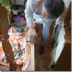 浜松市南区で動きが悪くなった開きドアの建付調整工事